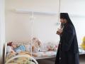 elets-2014-vizit-episkopa-maksima-v-gorodskuyu-bolnicu-2-46