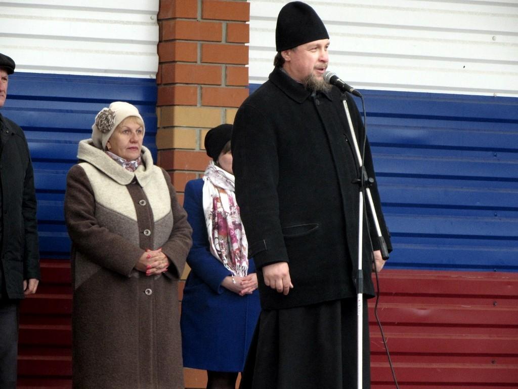 golubaya-lyubov-russkih-molodih-prizivnikov