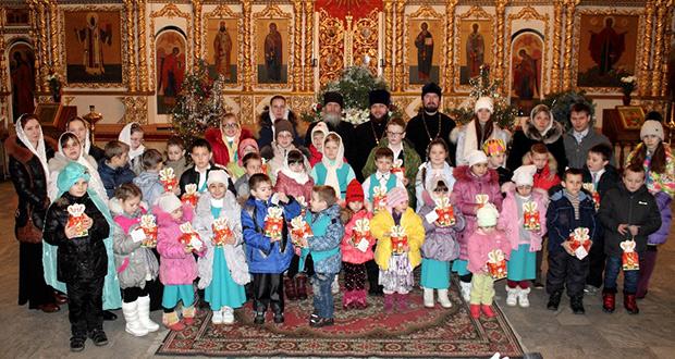 Рождественский утренник в храме Елецкой иконы Божией Матери