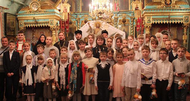 Праздничное поздравление воспитанников воскресной школы Казанского храма г. Ельца