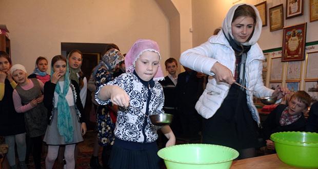 Праздник жен-мироносиц в воскресной школе «Преображение»