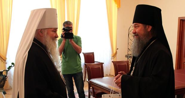 Владыка Максим поздравил главу Липецкой митрополии с наступившим праздником Пасхи