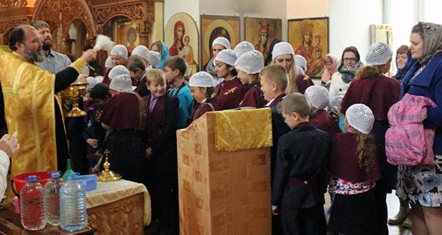 В воскресных школах Чаплыгинского благочиния прошли молебны на начало учебного года