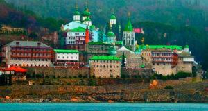 Состоялась интронизация нового игумена Русского Пантелеимонова монастыря на Афоне о. Евлогия