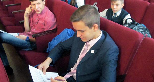 В п. Лев Толстой стартовал школьный тур олимпиады по ОПК