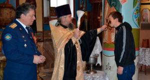 20 октября в храме Владимирской иконы Божьей Матери настоятелем иереем Геннадием Солнцевым был отслужен молебен для новобранцев осеннего призыва.