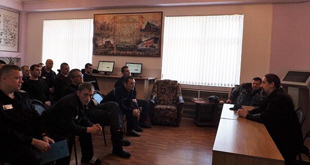 В исправительных колониях Ельца открылись воскресные школы