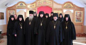 """В Сезеновском монастыре прошел круглый стол по направлению: """"Древние монашеские традиции в условиях современности"""""""