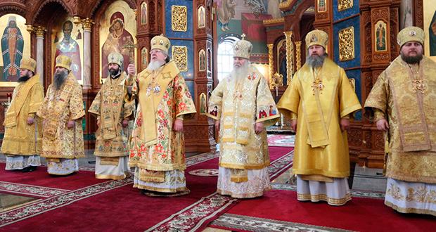 Епископ Максим принял участие в торжествах в честь святителя Митрофана Воронежского