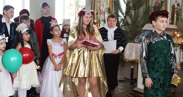 Рождественский утренник в Троицком храме п. Лев Толстой