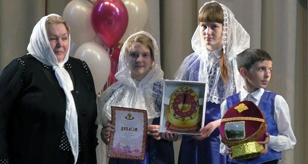 Воспитанники воскресной школы Знаменского монастыря участвовали вмеждународном конкурсе-фестивале «Пасхальное яйцо 2017»