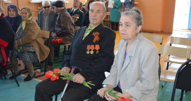 Поздравление ветеранов в школе с. Кривополянье Чаплыгинского благочиния