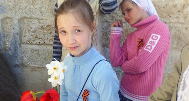 Воспитанники воскресной школы Знаменского женского монастыря присоединились к Всероссийской акции «Георгиевская ленточка»