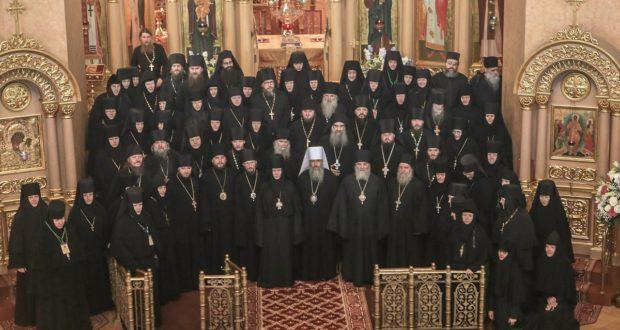 Круглый стол «Особенности устроения монашеской жизни в городских монастырях» в Санкт-Петербурге