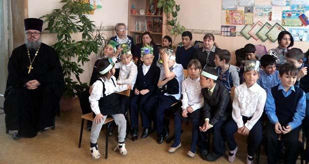 В школе деревни Сухой Семенек прошел урок, посвященный празднику Святой Пасхи