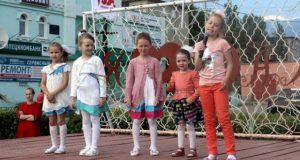 «Они могли бы увидеть солнце»: в Данкове прошла акция, приуроченная к Международному Дню Защиты Детей