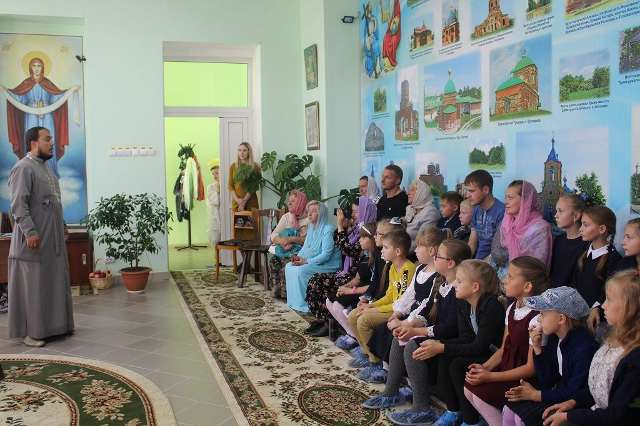 В музее православия п. Лев Толстой детям рассказали о празднике Рождества Богородицы