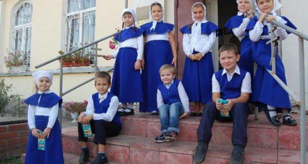 В воскресной учебно–воспитательной группе Никольского храма с. Лавы начался новый учебный год