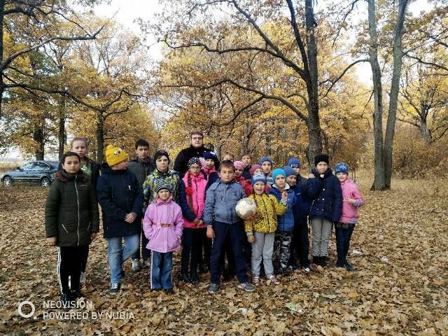 Воспитанники воскресных школ Лебедянского благочиния побывали на экскурсии в лесу