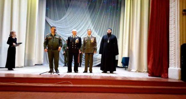 Вручение повесток призывникам Чаплыгинского района