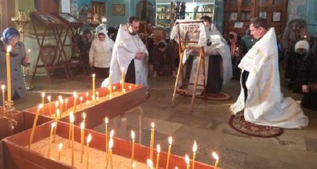 Общероссийской акция «Свеча памяти» состоялась в Тихвинском соборе Данкова
