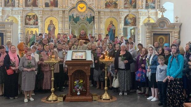 в Елецкой епархии прошла общецерковная миссионерско-просветительская акция «Любовь сорадуется Истине»
