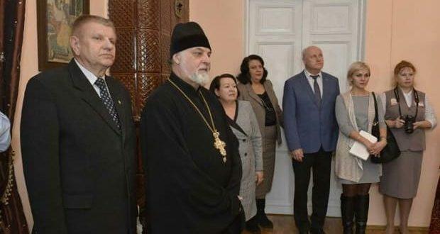 Благочинный Ельца поприсутствовал на открытии новой экспозиции в Елецком краеведческом музее