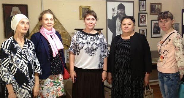 Елецкие ученые посетили епархиальный музей имени священномученика Сергия Елецкого