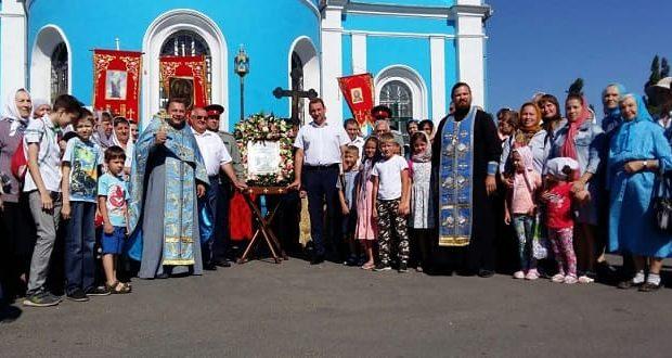В Данкове прошел второй ежегодный крестный ход с Тихвинской иконой Божией Матери