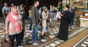 Благочинный елецких храмов провел экскурсию по Вознесенскому собору