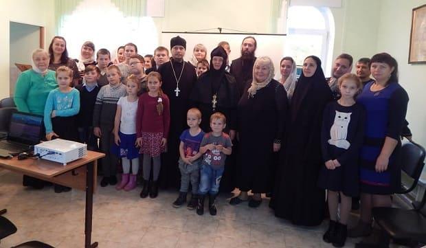 Воскресная школа Знаменского монастыря отметила 5-летний юбилей