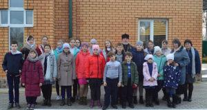 В с. Шовское прошла литургия с участием детей воскресных школ Чаплыгинского благочиния