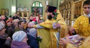 В воскресной школе храма Елецкой иконы Божией Матери состоялся концерт, посвященный Дню матери