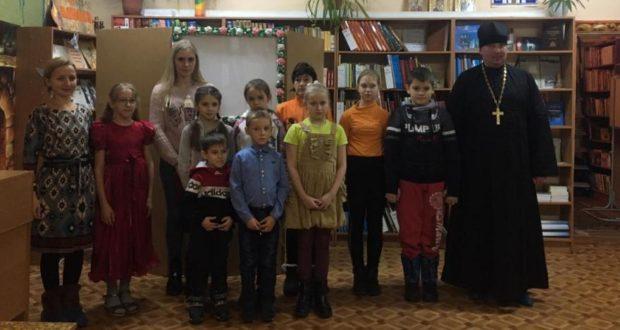Спектакаль в детской библиотеке