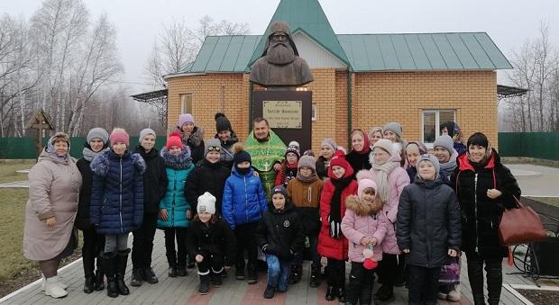 Воскресная школа лебедянского Казанского собора побывала на литургии в Шовском