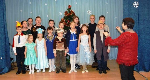 Воскресная школа с. Кривополянье посетила с концертом Дёмкинский интернат