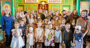 В Троицком храме г. Ельца прошел Рождественский утренник