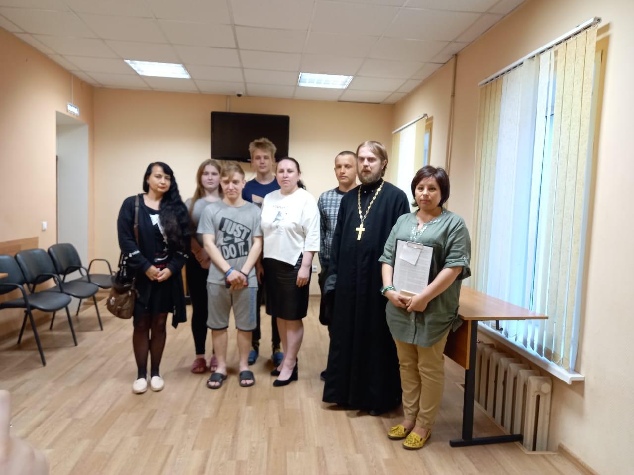 Председатель Миссионерской комиссии встретился со студентами ЕЖТЭиС