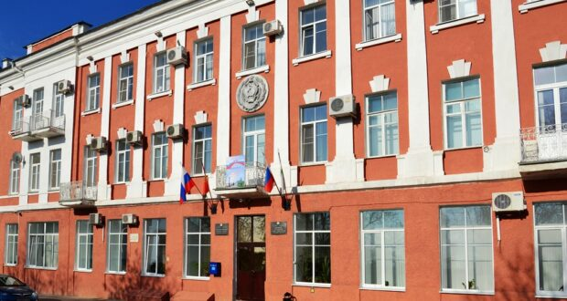 Состоялось рабочее совещание епископа Максима с администрацией города Ельца