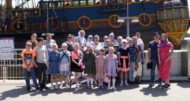 Учащиеся воскресной школы Троицкого храма города Ельца посетили Воронеж