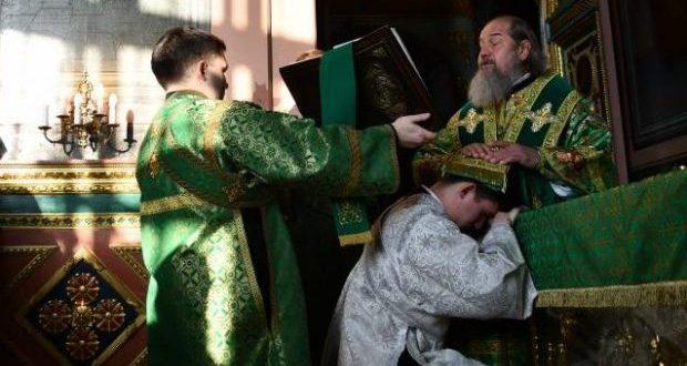 Божественная литургия в Вознесенском соборе